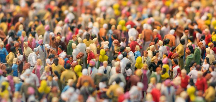 multitud personas